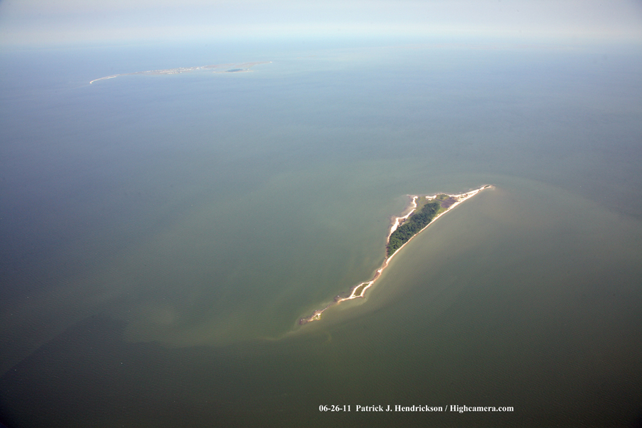 Aerial photograph of Watts Island and Tangier Island