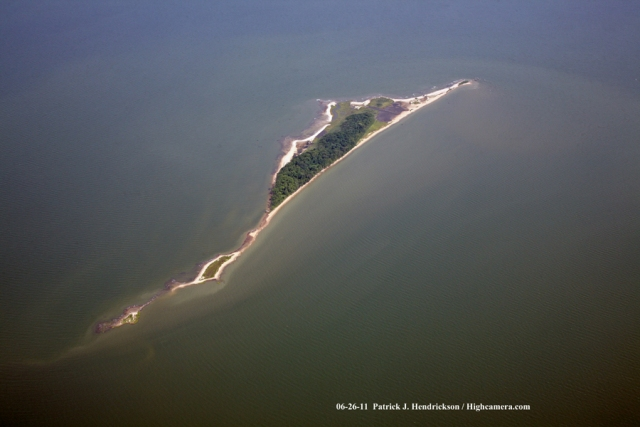 Aerial photograph of Watts Island Virginia